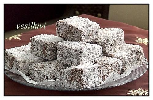 soslu-hindistancevizli kek