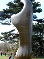 (masser) Tags: sculpture kewgardens london henrymoore mooreatkew