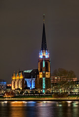 'Three Kings' Church (Philipp Klinger Photography) Tags: church water festival night reflections river germany deutschland lights three long exposure hessen shot frankfurt main kirche kings biennale 2008 philipp dri hesse klinger dreiknigskirche luminale dcdead