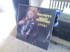 Lazy Saturday (pat mcghen) Tags: records phone noise tompetty