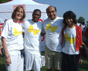 Trustee Sandy Hampson, Masterstepz, Dr Shirish Sangle and daughter Pradnya