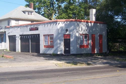 Old service station, South Bend