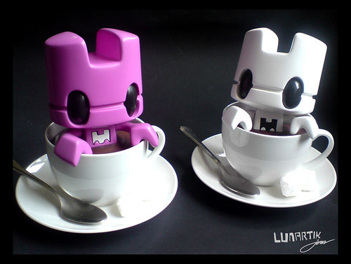Lunartik in a cup of tea custom toys