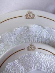 Cunard QE2 Dinner plates (Rob Lightbody) Tags: ocean cruise 2 dinner elizabeth plate queen cruiseship plates queenelizabeth2 cunard qe2 liner oceanliner doilies cruiseliner