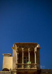 Old italian house in Tripoli, Libya (Eric Lafforgue) Tags: house italian italia roman colonial columns libya tripoli libia libye libyen ghadafi h3d lbia 14864 lafforgue libi libiya  ribia liviya khadafi libija       lbija  lby  libja lbya liiba livi