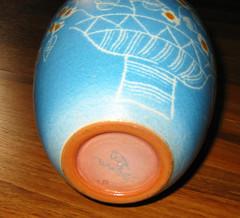 Jarron pintado a mano, firmado por artista. (listarova) Tags: ceramica arte jarron