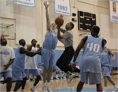 obama basketball carolina