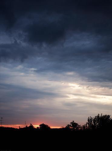 Nubi di ieri sul nostro domani odierno
