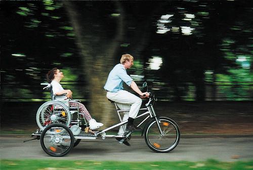 [Bicicleta para movilidad reducida]