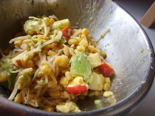 Salade Soja Avocat Pomme et Maïs