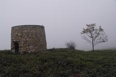 _IMG3744.JPG (claudio malatesta) Tags: portugal windmill fog moulin brouillard musicorso moinho bruma penacova lorvo claudiomalatesta k20d claudebenasouli