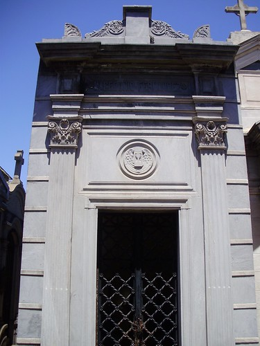 Macedonio Tomb