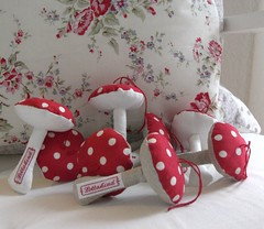 mushrooms (Lottakind) Tags: red rose ava mushrooms tanya fabric dots whelan lecien lottakind
