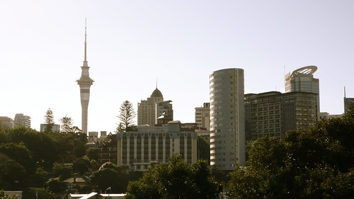 downtown auckland skyline