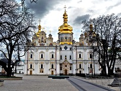 Kiev-Pechersk Lavra 5 (Grete Howard) Tags: cathedral religion ukraine caves monks christianity catacombs kiev kievpechersklavra cavescomplex