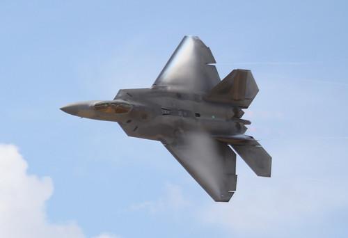 Lockheed Martin/Boeing F-22 Raptor Demo par E-Mans av8pix.com