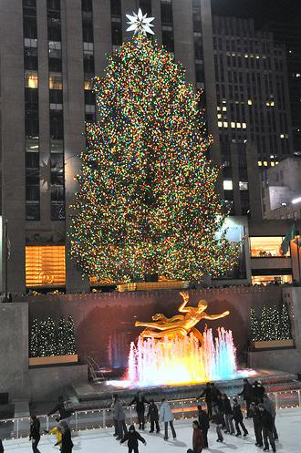 christmas_tree_rockefeller_center_2008