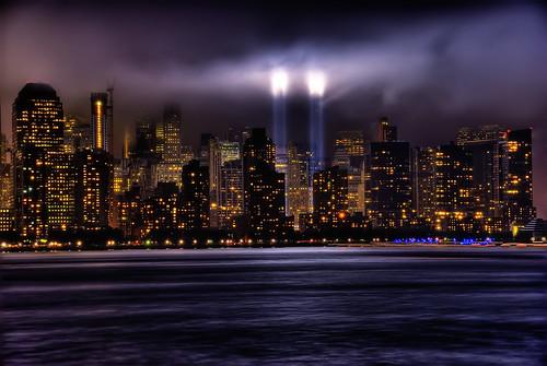 フリー画像| 人工風景| 建造物/建築物| 街の風景| ビルディング| 夜景| アメリカ風景| ニューヨーク|    フリー素材|