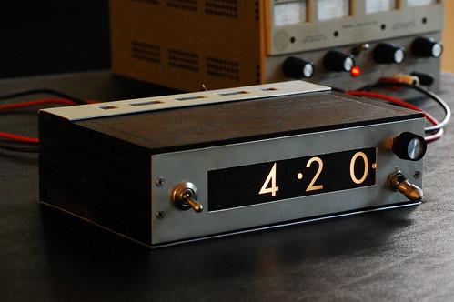 IEE Clock - Front Panel