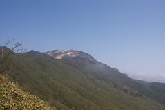 展望台駐車場から観た恵山