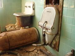 P6290259 (Blue Taco) Tags: urbandecay urbanexploration abandonedhospital thingsleftbehind