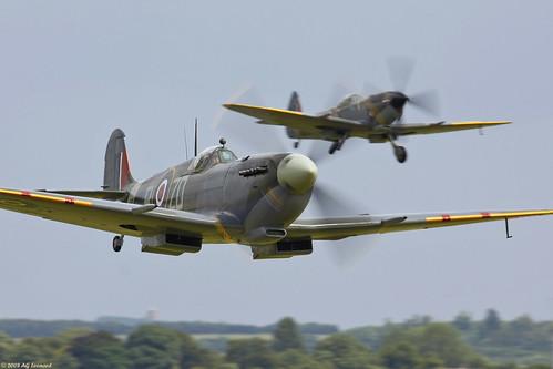 Warbird picture - Supermarine Spitfire