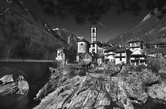 Val Versasca_3 (Monika Ostermann) Tags: bw church water monochrome rock schweiz switzerland tessin ticino rocks village sw blackwhitephotos valversasca