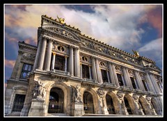 the National Opera Garnier in Paris (*bratan*) Tags: ballet music paris france architecture facade dance nikon opera perspective statues garnier hdr constrution firstquality photomatix sigma1020 d80 bratanesque nitexxxxx frpix obramaestra