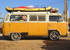 Frias :) (Andre  Lima) Tags: yellow vw volkswagen vacances frias explore van vacations ferien vacaciones semester vacanze odmor vakanties wakacje  ferier vacante lomat a  paodeforma aplusphoto andrlima   aimautofofice