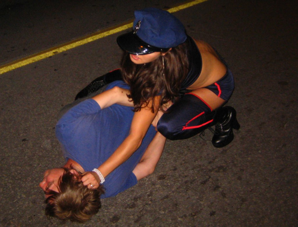Hot girl cop first time agent has sex with 2