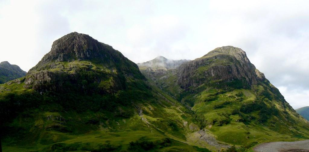 Mountains south of Glencoe Pass