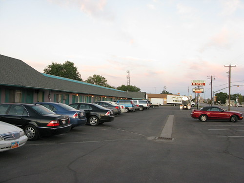 Motel in Green River (C)