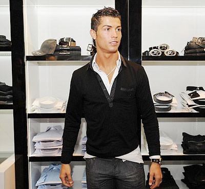 Cristiano Ronaldo - CR7 Store