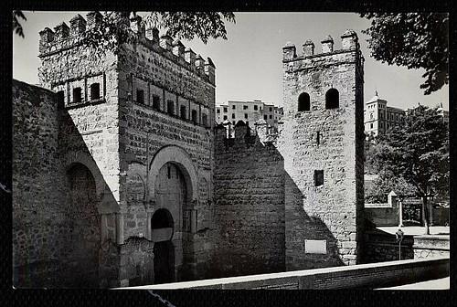 Puerta vieja de Bisagra o de Alfonso VI (Toledo) tras su restauración. Foto J. Cebollero