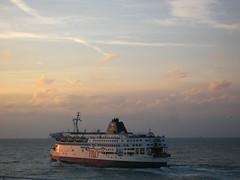 P & O Ferry heading towards Dover