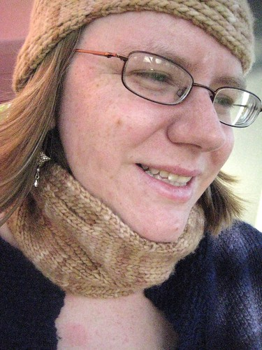 Squiggle Cowl in action