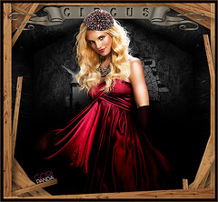 Britney Spears- Circus (gorigo) Tags: wood red dress spears circus britney blend goripanda