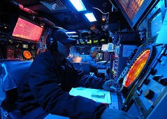 Navy, Cruiser (CG, DDG) Combat Information Center (CIC) (divemasterking2000) Tags: blue us skies ship navy battle center surface prototyping prototype nerve combat ideas information radar combatant coc nfa warfare battlestations swo nervecenter combatinformationcenter surfacewarfare
