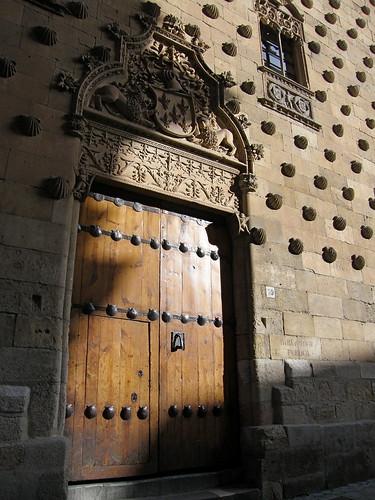 Puerta Casa de las Conchas