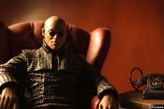 Morfeo - Morpheus (GViciano) Tags: portrait matrix toy lights luces shadows sombras morpheus juguete morfeo aplusphoto