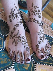 Eugenia's new years feet (HennaLounge) Tags: new india gulf indian year henna mehndi khalijee