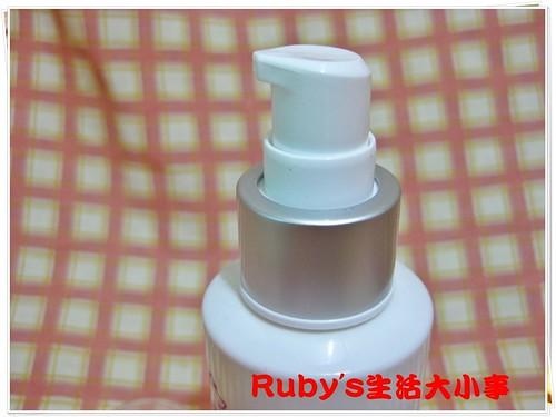 玫瑰保濕精露和胺基酸洗顏露 (5)