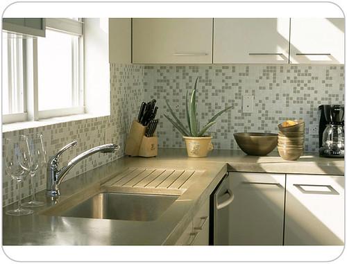 classic krupnick avelofts kitchen 2 main.jpg