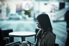 mirage in blue (moaan) Tags: leica woman digital 50mm mood dof bokeh candid atmosphere starbucks m8 2008 lostinthought f095 explored canonf095 justlucky leicam8 canon50mmf095 bokehwhores gettyimagesjapanq1 gettyimagesjapanq2