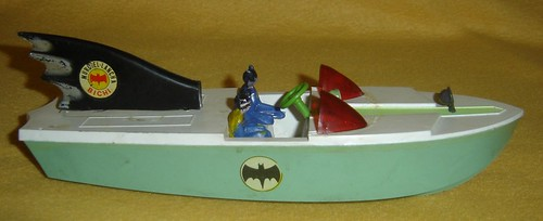 batman_argentinabatboat.jpg