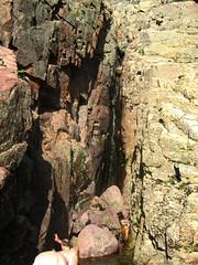 Arrivée au ruisseau de Bocca Rossa : la cascade sur la gauche