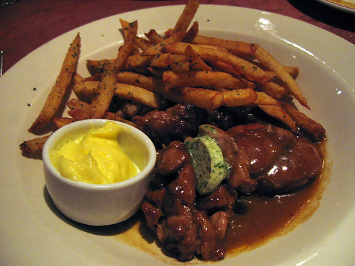 Braised sweetbreads with frites