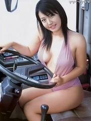 磯山さやかのセクシー画像(20)