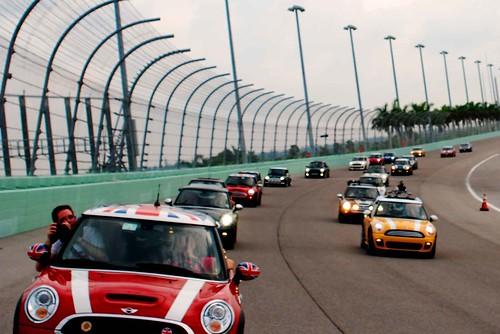 mini race track