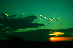 (ascensojimer) Tags: blue sunset orange azul amanecer verano toscana 2008 naranja powerfull pattersonx